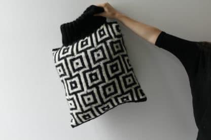 comment tricoter un coussin en jacquard