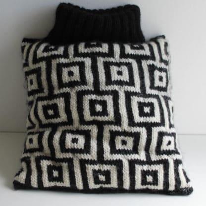 comment tricoter un coussin jacquard avec carreaux