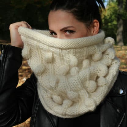 snood à tricoter avec des nopes