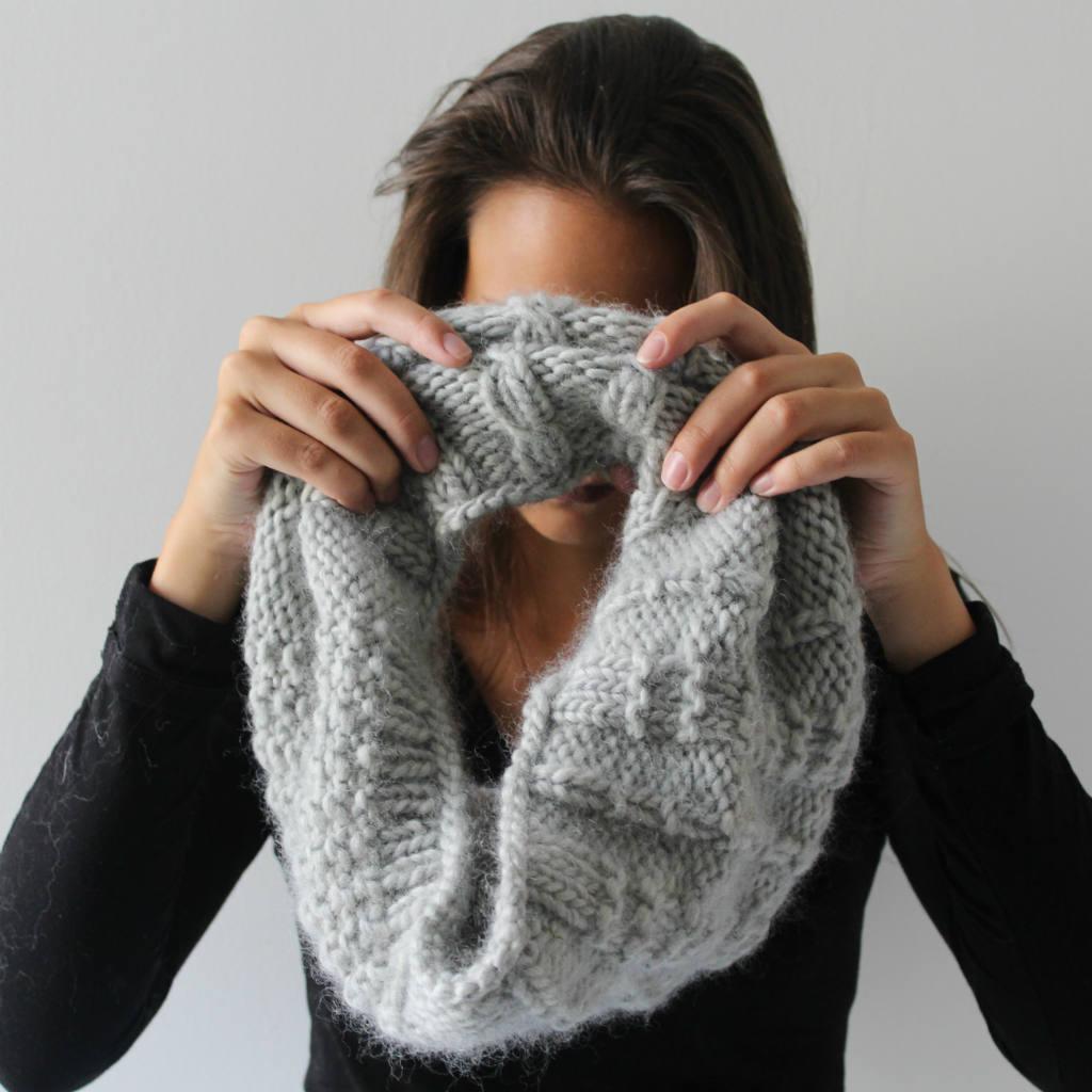 patrons-tricot-col-snood-femme-aiguille-circulaire