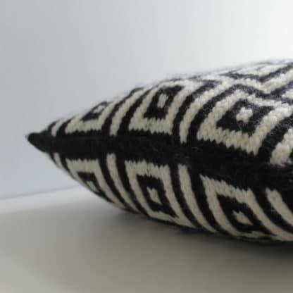 tricoter un coussin jacquard