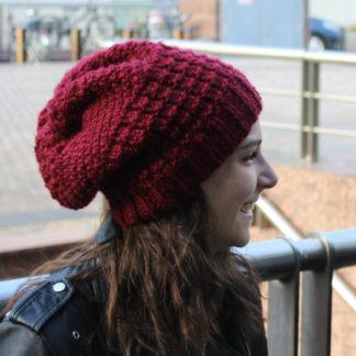 tutoriel pour tricoter un bonnet slouchy avec plusieurs points de tricot