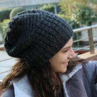 explications pour tricoter un bonnet slouchy