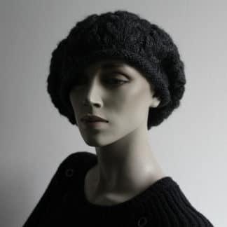 tutoriel pour tricoter un béret avec des torsades